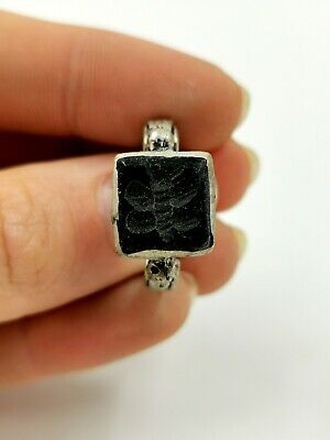 Post Medieval Ca.1700 Ad Silver Alloy Ring With Black  Intaglio  R718