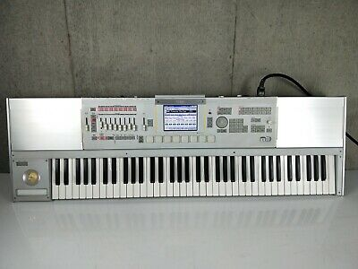 Korg M3 73-Key Workstation Synthesizer in Excellent Condition