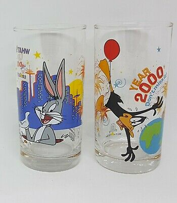 2 x IXL Collectable Glasses Looney Tunes Year 2000 No: 1 & 2 of 6 - Bugs & Daffy