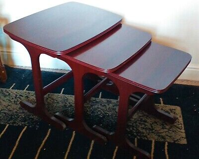 Vintage Retro Wooden (3) Nest Of Tables Dark Wood Finish Side Tables End Tables
