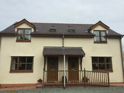 Holiday cottage TO LET ,Benllech, Anglesey, N.Wales. Sleeps 4