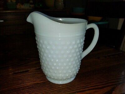 Vintage Fenton White Milk Glass Hobnail Water Ice Tea Juice Pitcher 2 Quart