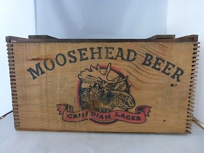 Moosehead Beer Crate/Box Dovetailed Crate w/Lid