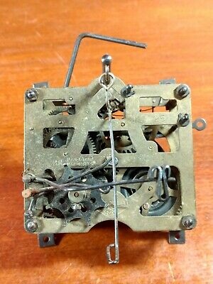 Vintage E Schmeckenbecher Regula Cuckoo Clock Movement Made In Germany
