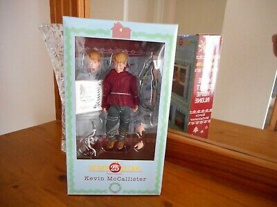 Home Alone Kevin McCallister NEW 25th Anniversary collectable figure