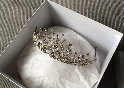Stunning Halo and co tiara - Perfect For A Wedding Or A Prom - Comes With Box