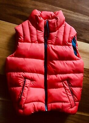 Kids Puffer Vest with or without hood - Size 8  Brand - L& D Aldi