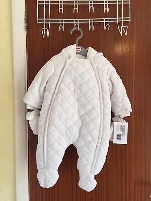 STUNNING BRAND NEW TAGGED MAMAS & PAPAS QUILTED PRAM SUIT AGED 0-3m