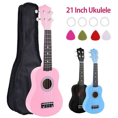 21 '' Soprano Beginners Ukulele with Gig Bag, Felt Pick, Spare Strings UK
