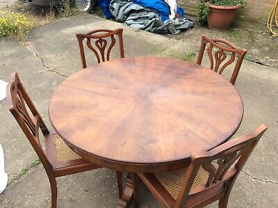 Table and 4 x chairs antique vintage mahogany Oak
