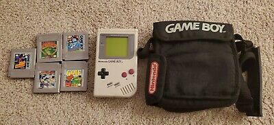 Nintendo Game Boy DMG-01 1989 lot with 5 Cartridges + bag tested working