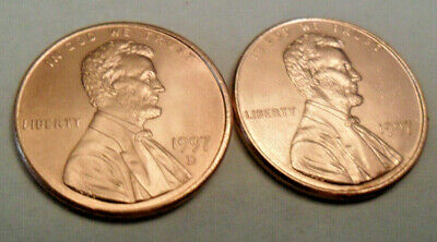 1997 P & D Lincoln Memorial Cent / Penny Set (2 Coins)  **FREE SHIPPING**