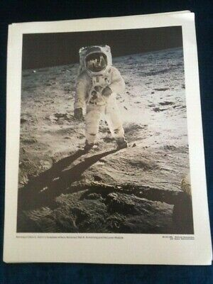 12 Official Original NASA Large Photos of the  Apollo 11 Moon Landing 1969.