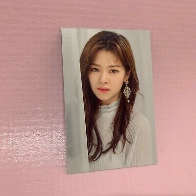 TWICE JEONGYEON Official TRADING CARD 2019 World Tour TWICELIGHTS Photocard 11