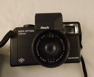 AGFA OPTIMA ELECTRONIC FLASH with AGFA SOLITAR 1:2.8/40mm Lens & Strap and Case