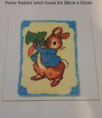 Bunny latch hook with printed canvas 52 cm x 38 cm