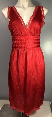 Vintage Nan Flower Red 100% Nylon Nightgown Nightie Lingerie  Small with Tags