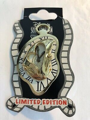 DSSH Alice Through The Looking Glass Gold Mad Hatter Clock  Disney Pin LE (B)
