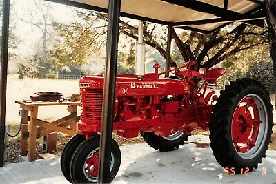 TUG UNITED AIRCRAFT & Baggage Cart Tow Tractor *733 Hours
