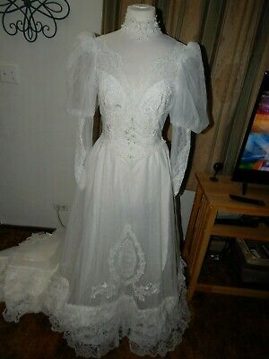 Vintage 1980's Lacey Wedding Dress