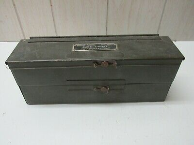 US Army Case CS-137 Signal Corps Ferrocraft Inc Metal Box