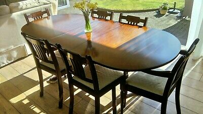Mahogany Extending Dining Table And Chairs 'Strongbow' - vintage 1980s