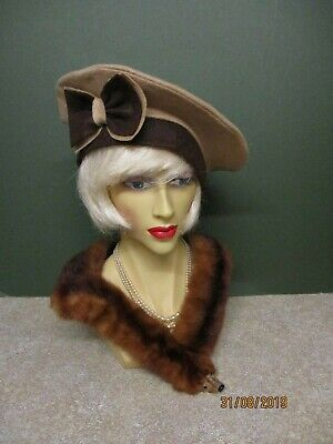 1940S Vintage  Neutral & Brown Felt Hat With Bow Decoration