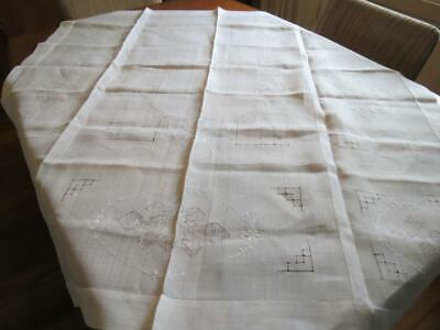 Vintage tablecoth - linen - embroidered style table cloth  - 120 x 120 cm - # 34