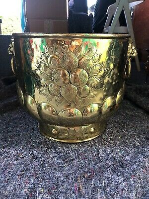 Quality Antique Large Brass Planter,Bucket, Log Bin. Lion Head Handles.