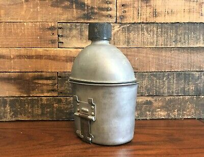 Original Wwii Us Army Canteen + Cup  - 1944 - Genuine Ww2 Us Military