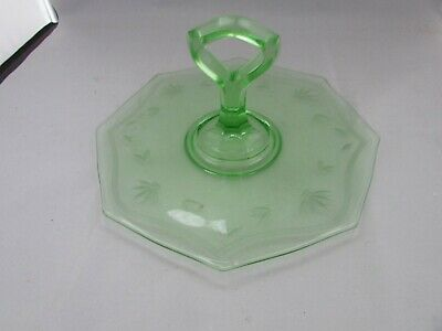 """Vtg Green Depression Glass Round Serving Plate W/ Center Handle 9.3/4"""" Across"""