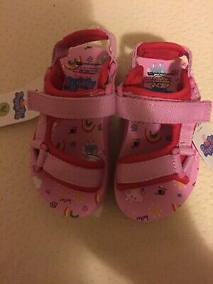 Marks And Spencer Peppa Pig Girls Velcro Sandals Child  Size 6 Eur 23