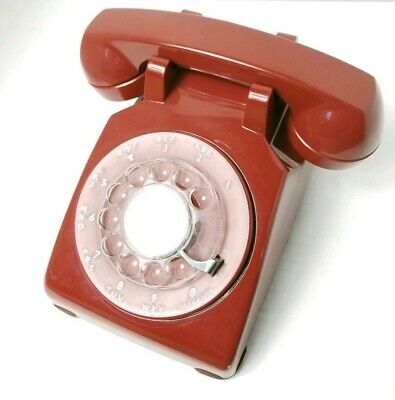 Vintage Bell System Western Electric Red Rotary Dial Desk Telephone 1975 500DM