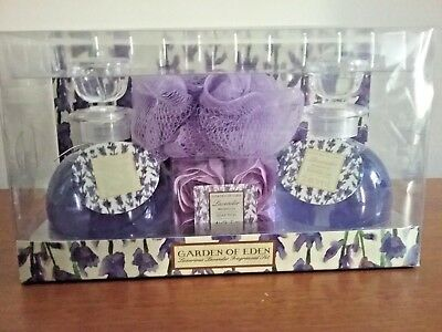 Garden Of Eden Purple Luxurious Lavender Fragrance Set Shower Gel & Soap Petals