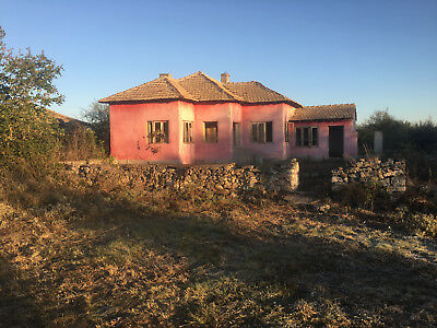 Bulgarian Bulgaria Dobrich house 85 sq m unfinished project 16 km to the sea