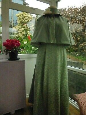 Very Attractive 3 Piece Victorian Costume Including Hat Size 14/16