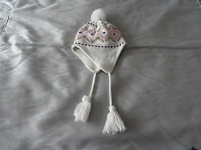 Hat Girls  White Pink & Black  Age 4 / 6 Years  Approx