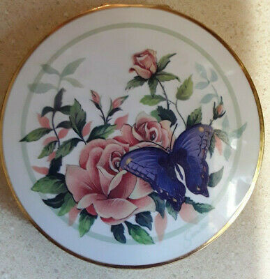 Vintage Stratton Powder Compact England Floral Butterfly Puff Screen Mirror