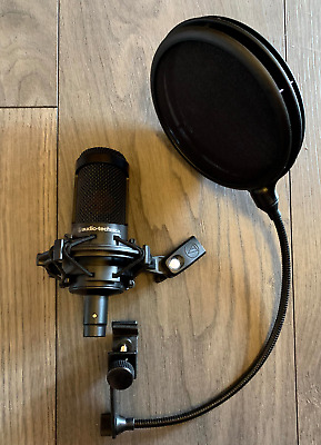 AUDIO-TECHNICA AT2035 CARDIDOID CONDENSER MICROPHONE with Pop Filter
