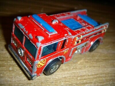 Vintage HOT WHEELS SUPER FAST FIRE EATER FIRE TRUCK  1976