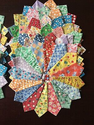 12 Dresden Plate Quilt Blocks In Reproduction Fabrics
