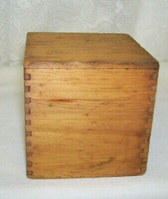Antique Display 3 inches x 3 inches Tongue and Groove Square Box