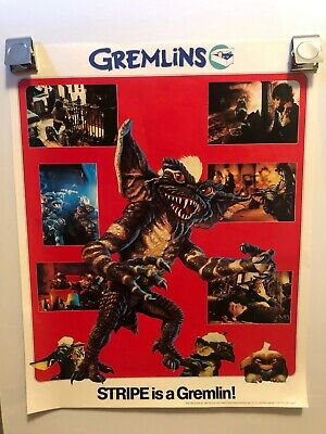 Tons of Vintage movie Posters Gremlins Star Wars Saw Friday the 13th Alien more