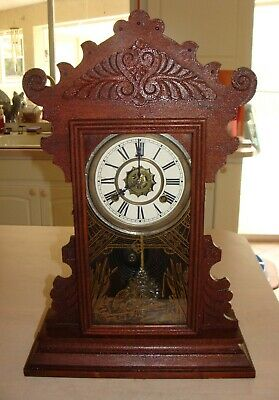 Waterbury Antique Gingerbread / Kitchen Clock Working with Key