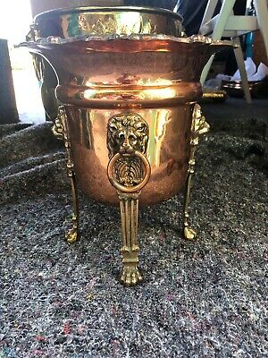 Quality Antique Copper And Brass Planter,Bucket. Lion Head Handles. Paw Feet