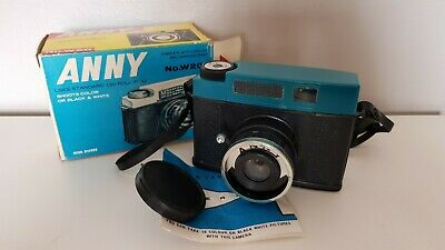 """Vintage """" ANNY """"  120  CAMERA  ( Instructions & Carrying  Strap )  Very  Good"""