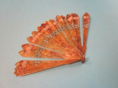 Vintage Hand Fan. Painted Floral Pattern. Worn Condition. Collectable Item