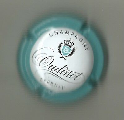 Capsule de champagne Oudinot Epernay France light / sky blue version