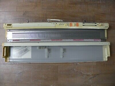 Toyota KS901 Knitting Machine Built In  Punchcard Reader Carry Case Hobby Craft