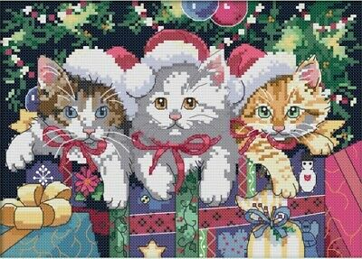Christmas Cat. 14CT Counted Cross Stitch Kit. Craft Brand New.